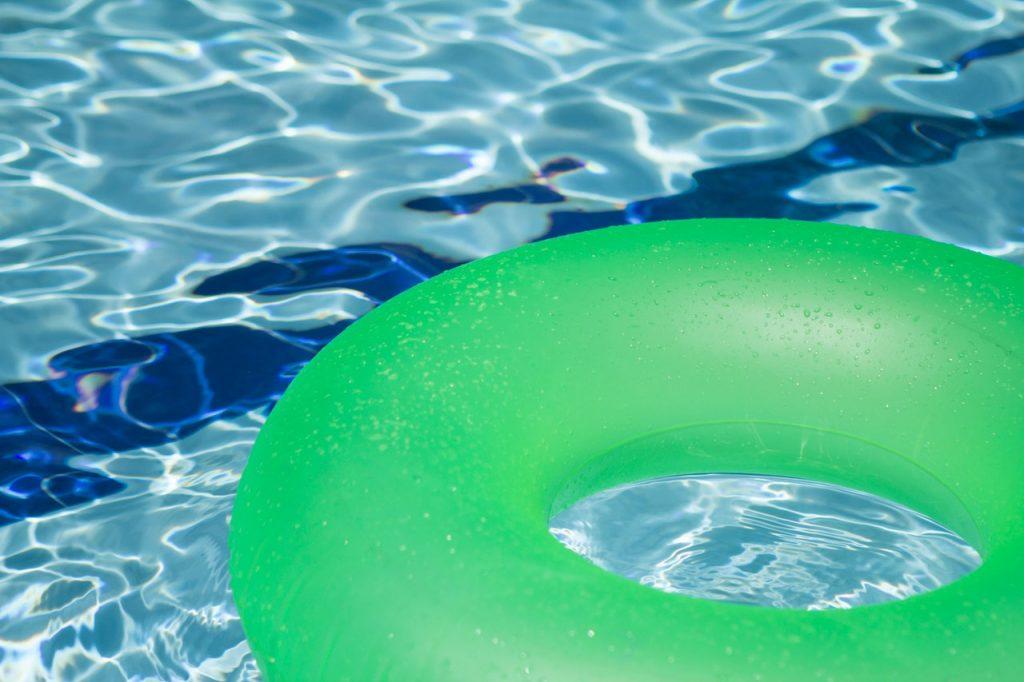 flotador-piscina